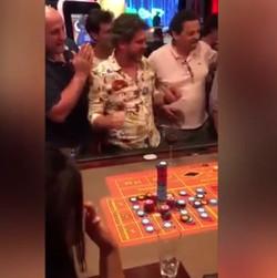 Grosse mise sur un numero plein a la roulette du Conrad Casino