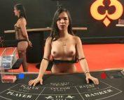 Table de Baccarat en live avec croupiere nue sur Pornhub Casino