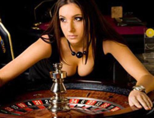 La roulette en ligne face à un croupier